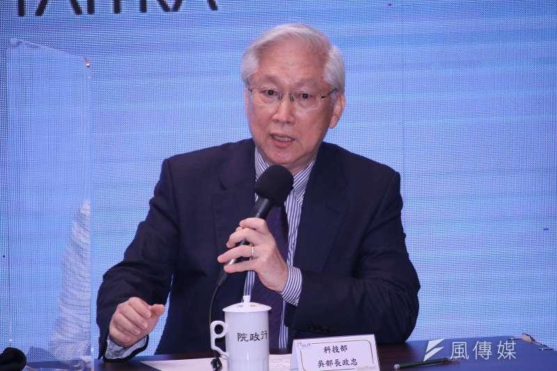 20201121-科技部長吳政忠出席行政院「台美經濟繁榮對話會後記者會」。(蔡親傑攝)