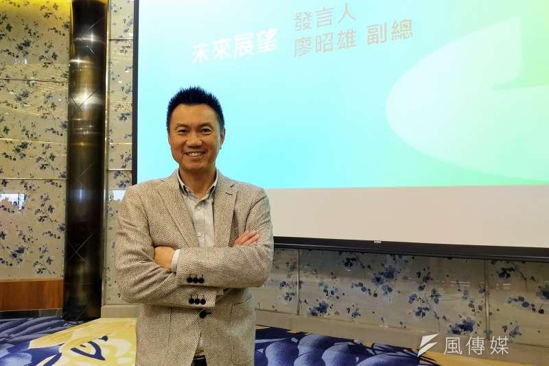 20201123-興富發建設副總廖昭雄說明,集團鎖定首購產品及新興重劃區的原因。(林喬慧攝)