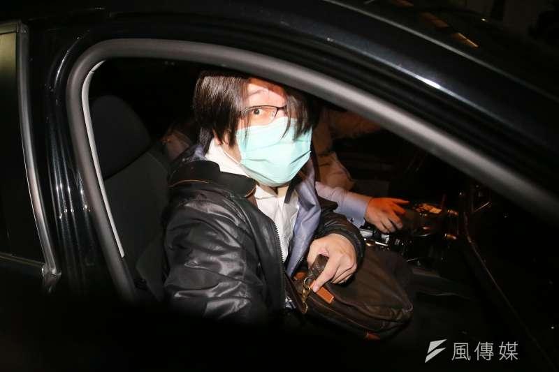 檢調偵辦康友炒股案,25日移送吳郁展到台北地檢。(柯承惠攝)