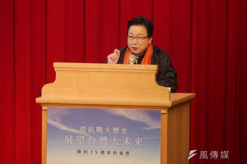 20201128-史丹佛大學胡佛研究所研究員郭岱君28日出席為長風基金會「從抗戰大歷史、展望台灣大未來—勝利75周年的省思」講座。(潘維庭攝)