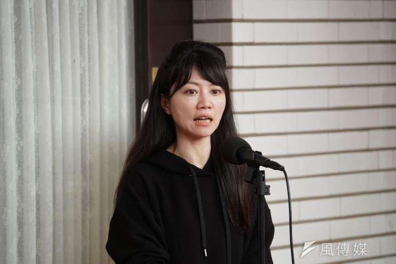 民進黨立委高嘉瑜指出,有傳言指稱有人阻擋購買BNT、AZ到台灣是為了保護國產疫苗甚至炒股。(資料照,盧逸峰攝)