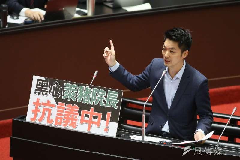 國民黨立委蔣萬安砲轟行政院長蘇貞昌,「你領導的團隊寫這樣的報告,寫得出來,我看不下去。」(資料照,柯承惠攝)