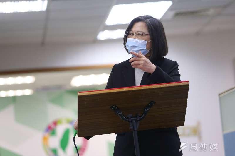 民進黨主席蔡英文(見圖)表示,台灣融入國際經貿體系,就要符合經貿法規、談判規範,有些事要有多點空間就事論事討論。(顏麟宇攝)