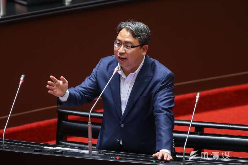 民進黨立委黃世杰(見圖)認為,《都市更新條例》修正草案,政府在政策面還沒有做好準備。(資料照,顏麟宇攝)