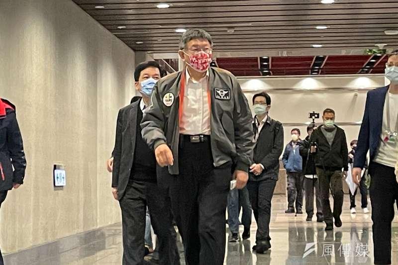 台北市長柯文哲16日出席台北市社會住宅長期維護管理精進模式研討會。(方炳超攝)