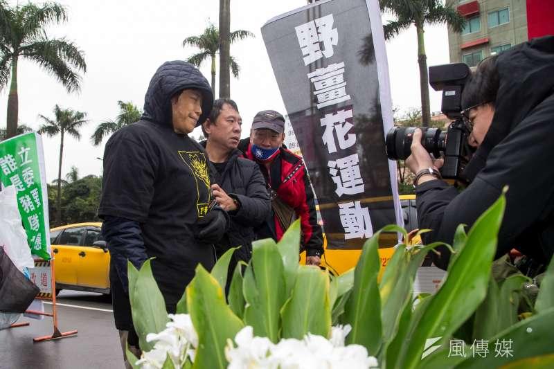 前立委沈智慧抗議萊豬進口,發起「野薑花運動」,16日持續於立院外進行絕食。(資料照,顏麟宇攝)