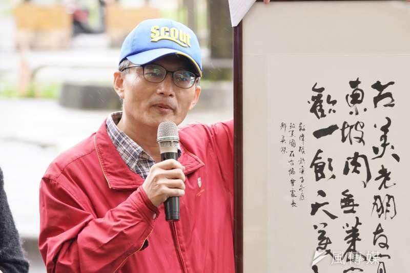 蘇偉碩醫師出席民間反瘦肉精毒豬聯盟記者會。(盧逸峰攝)