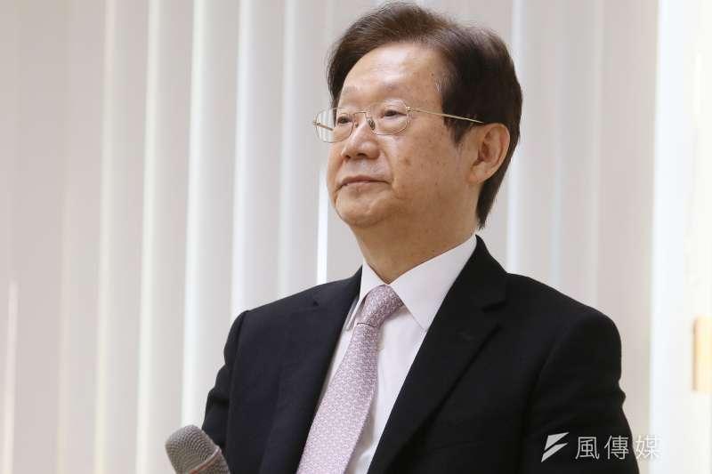 大同公司董事長林文淵22日舉行記者會,宣布將辭去董座一職。(柯承惠攝)