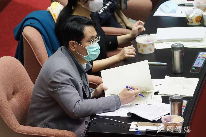 立法院24日召開臨時會審查萊豬相關法案,立委江永昌(見圖)於表決時棄權。(盧逸峰攝)