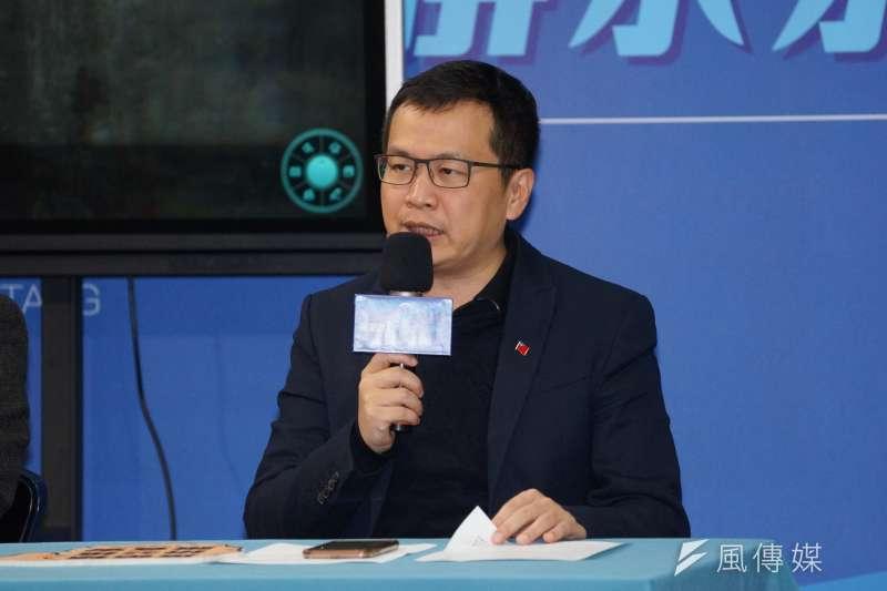 針對立院通過評估修改國徽一案,台北市議員羅智強批評,此舉是民進黨與時代力量聯手消滅中華民國國徽。(資料照,盧逸峰攝)
