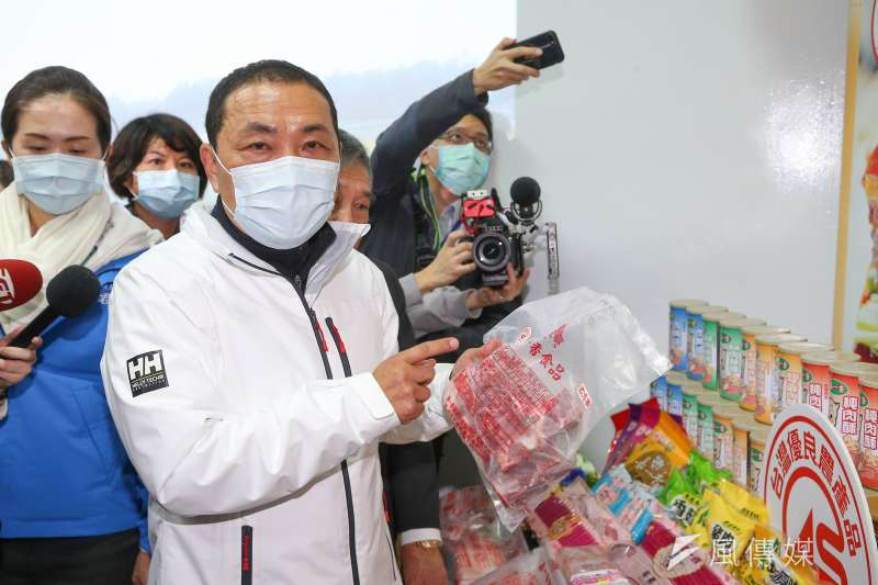 210104-新北市長侯友宜4日視察CAS優良肉品販售業者。(顏麟宇攝)