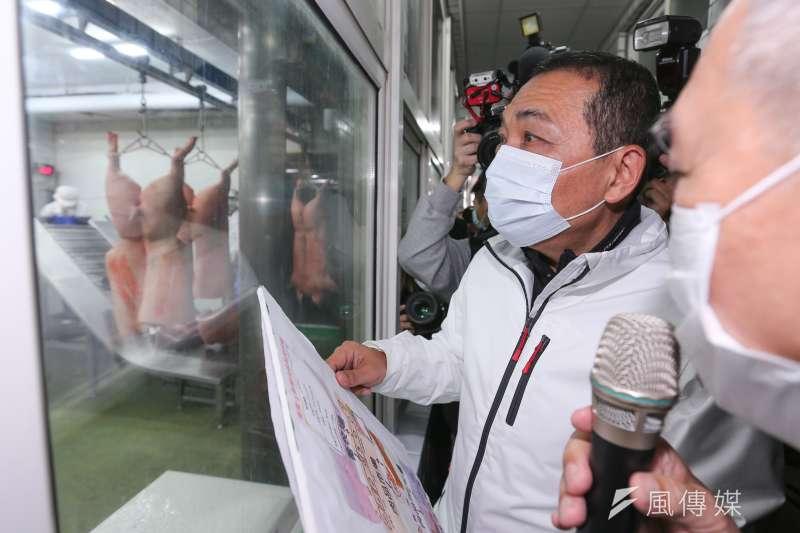 210104-新北市長侯友宜4日視察CAS優良肉品販售業者。(台北市攝影記者聯誼會提供)