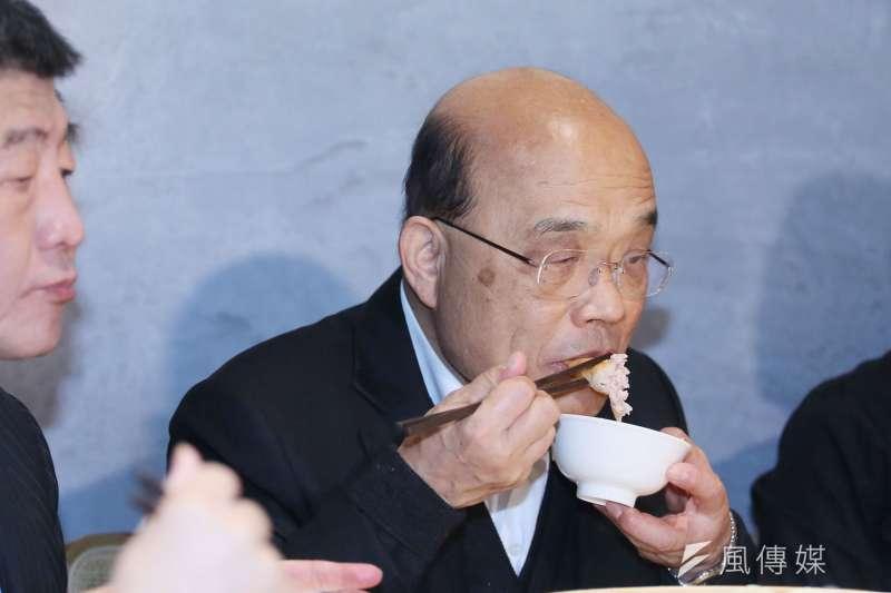 20210106-行政院長蘇貞昌6日至台北朱記餡餅粥店,品嚐用台灣豬製成的食品。(柯承惠攝)