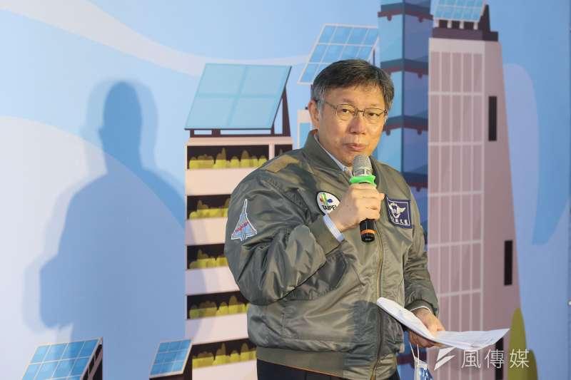 台北市長柯文哲16日到台中舉行新書《生死之間2︰葉克膜的故事》讀者見面會。(資料照片,柯承惠攝)