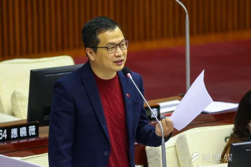 羅智強20日於臉書發文批評,民進黨為了轉移防疫不力的焦點,已經開始傾全黨之力展開「誅侯計畫」。(資料照,顏麟宇攝)