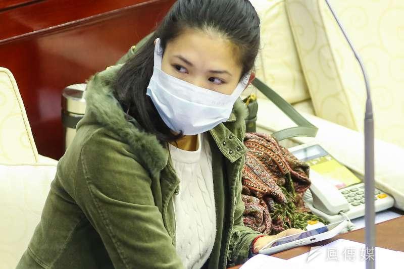 台北市議員林亮君(見圖)團隊的2位助理快篩陽性,她今天表示,PCR結果出爐,2人皆為陰性。(資料照,顏麟宇攝)