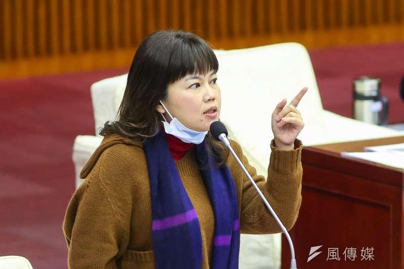 台北市議員游淑慧(見圖)批評衛福部不普篩如同「蓋牌」,是讓台灣人身陷危機時無法自知。(資料照,顏麟宇攝)