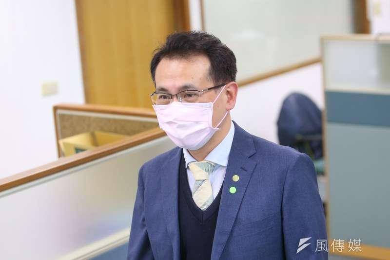 民進黨團幹事長鄭運鵬表示,他知道林為洲只是想藉故削弱綠營戰力、開開玩笑,但他身為桃園人聽完仍有點小感傷。(資料照,顏麟宇攝)