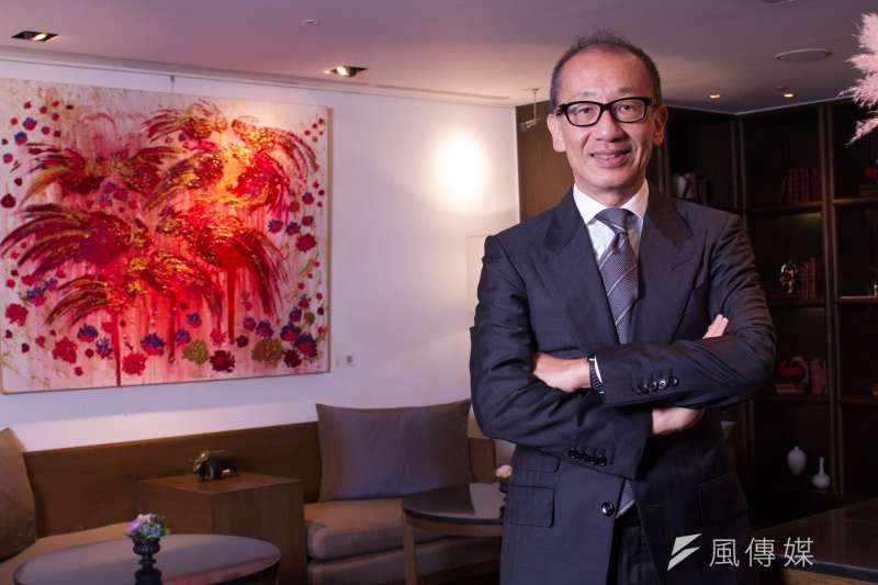 雖然新冠疫情影響全球觀光業,但台北晶華酒店積極轉型、創新,2020年營收以21億9000萬元稱霸全台觀光飯店。圖為晶華酒店集團董事長潘思亮。(蔡親傑攝)