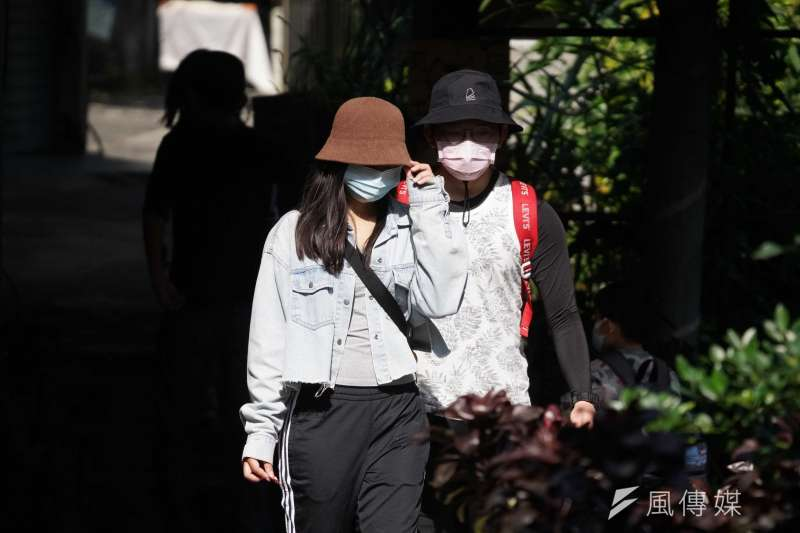 中央流行疫情指揮中心指揮官陳時中11日鬆口表示,台灣已經進入新冠肺炎社區感染階段。示意圖,與新聞個案無關。(資料照,盧逸峰攝)