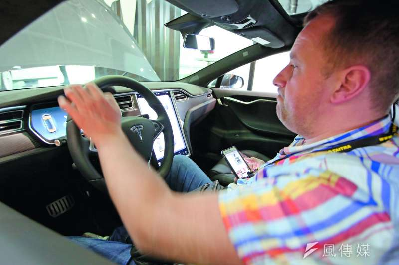 特斯拉以5奈米車用晶片瞄準自駕車市場。(郭晉瑋攝)