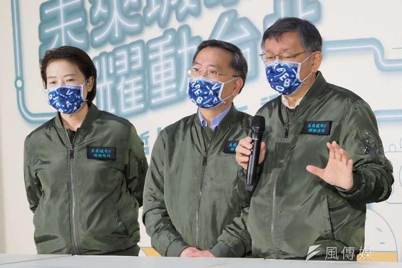 黃珊珊(左)若接替柯文哲(右)參選台北市長,較像扮演民眾黨選戰母雞的角色。(林瑞慶攝)