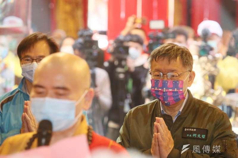 表態要參加2024總統大選的台北市長柯文哲(右)表示,把市政做好就是最好的準備,因此等2023再認真選就可以了。(資料照,柯承惠攝)