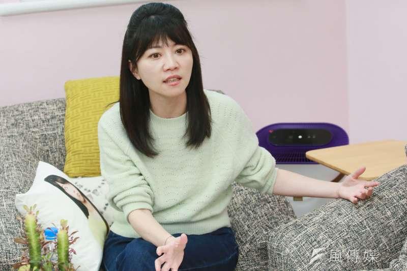 民進黨立委高嘉瑜表示,她的角度就是一本初衷、保護孕婦、醫護優先;高嘉瑜更以立委職務發誓。(資料照,柯承惠攝)