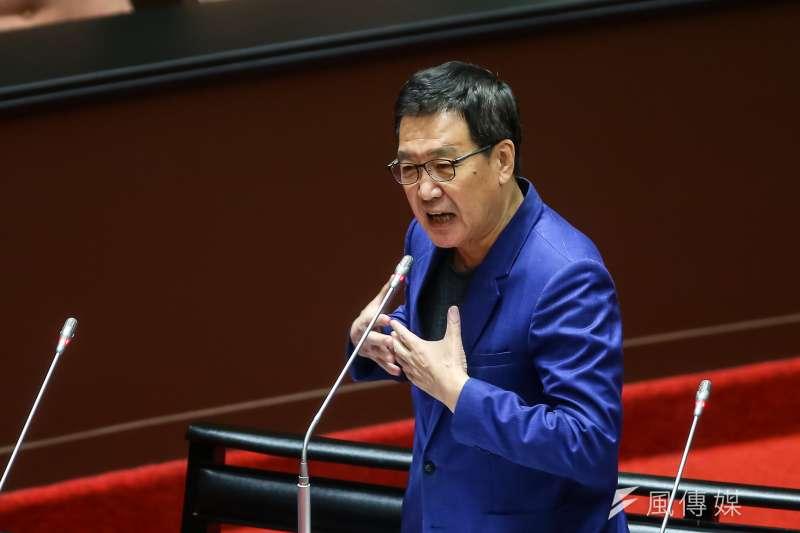 20210226-國民黨立委費鴻泰26日於院會質詢。(顏麟宇攝)
