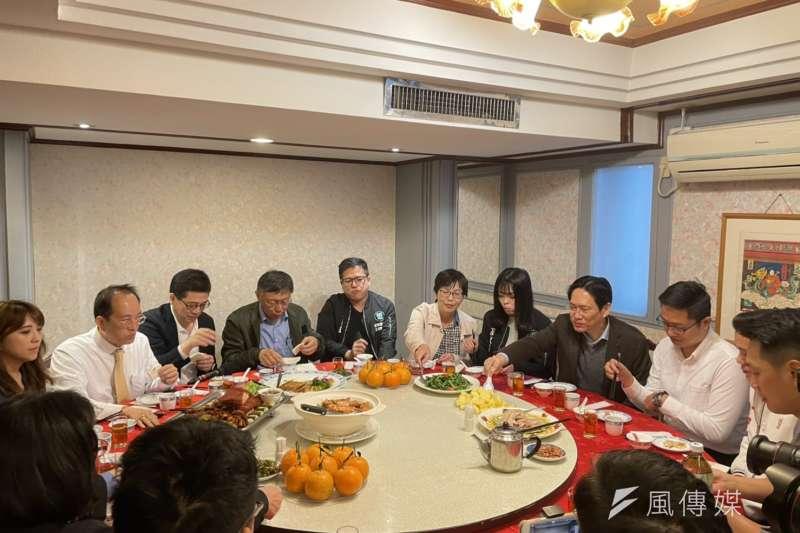 台灣民眾黨3日舉行中央委員會春酒,特別選在北市「天然臺」湘菜餐廳進行「天然台」論述。(示意圖,方炳超攝)