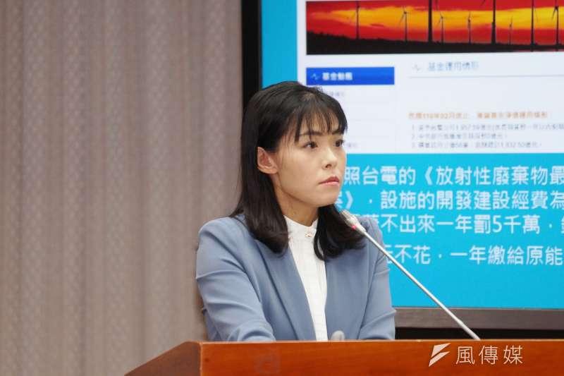 民眾黨立委高虹安(見圖)在質詢時問衛福部長陳時中時,指「免疫橋接取代三期」是「全球首創」。(資料照,盧逸峰攝)