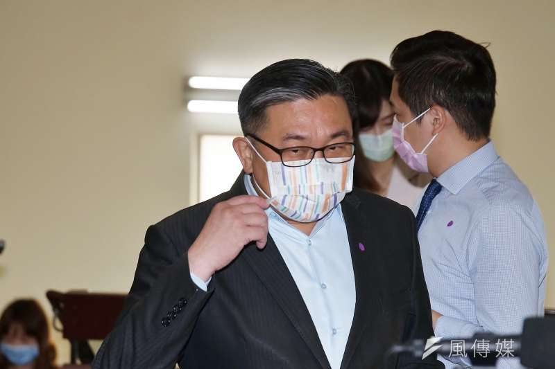 王定宇臉書發文,指駐美代表蕭美琴與美方努力協商,希望疫苗可以提早到5月底前開始供貨。(資料照,盧逸峰攝)