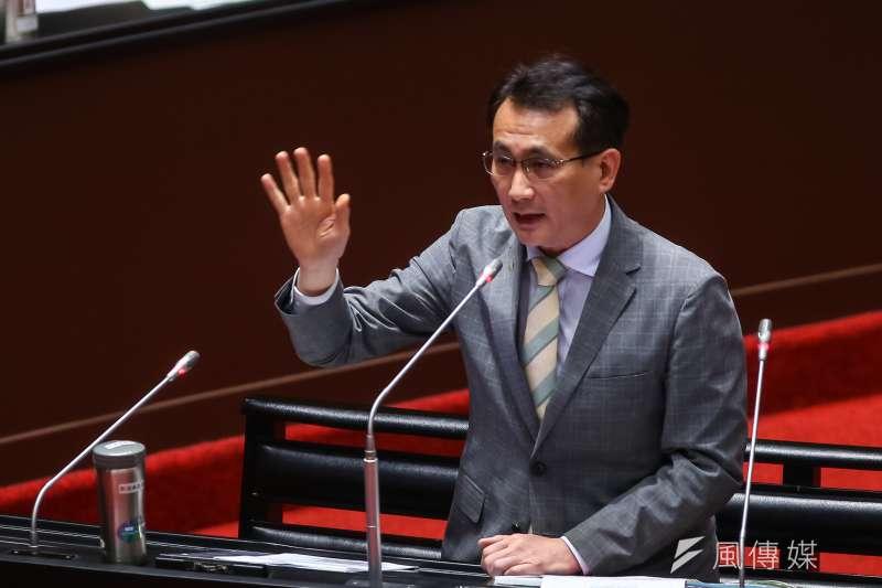 20210316-民進黨立委鄭運鵬16日於立院質詢。(顏麟宇攝)