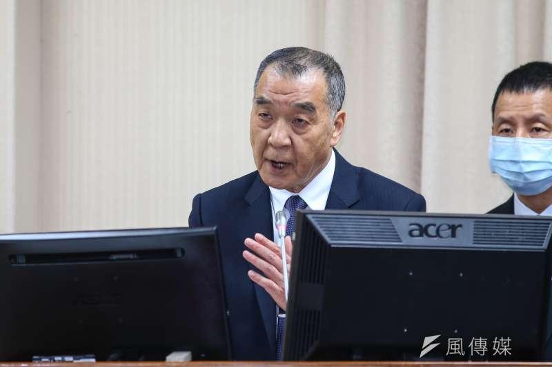 國防部長邱國正日前回應立委質詢時表示:「自己的國家自己救,你要打多久,我就陪多久。」(資料照,顏麟宇攝)