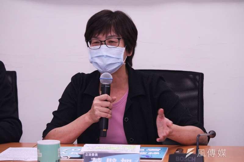 20210318-民眾黨立院黨團召開「公投護藻礁,藍綠別失焦」記者會,圖為立委蔡壁如。(蔡親傑攝)
