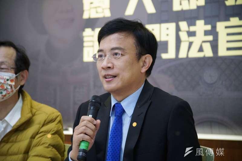媒體人彭文正質疑蔡英文總統的博士論文,被北檢起訴。(盧逸峰攝)
