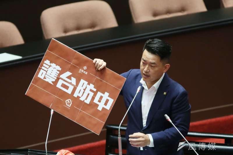 立委陳柏惟(見圖)面臨罷免危機,所屬政黨台灣基進喊出「保住抗中第一品牌」,讓前立委孫大千在臉書發文砲轟。(資料照,柯承惠攝)
