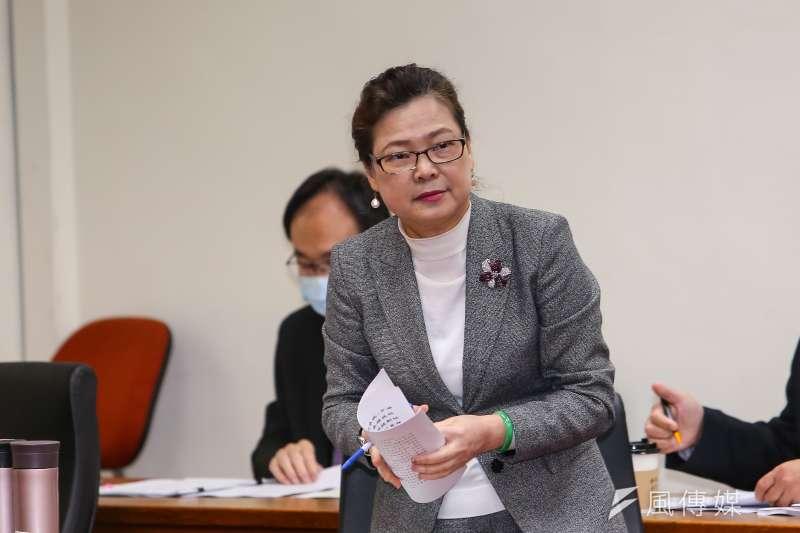 經濟部長王美花24日上午赴立法院經濟委員會報告並備詢。(顏麟宇攝)