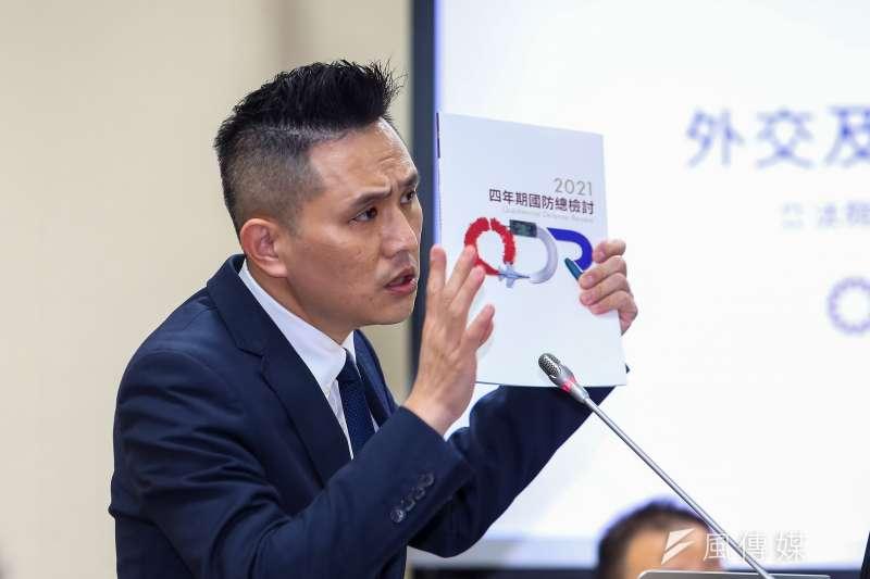 20210325-國民黨立委陳以信25日於外交國防委員會質詢。(顏麟宇攝)