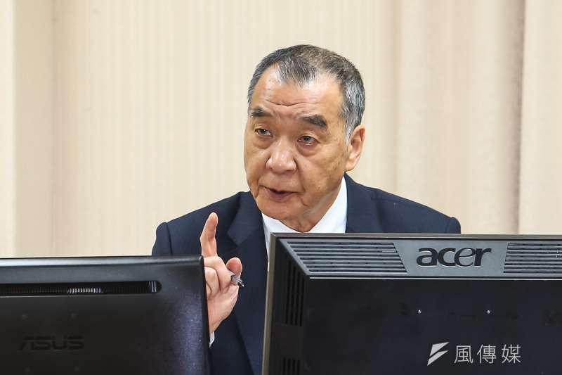 國防部長邱國正於外交國防委員會備詢。(顏麟宇攝)