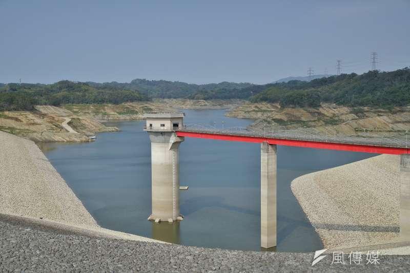 5月國內水情告急,新竹寶山第二水庫(寶二水庫)蓄水量一度跌至剩2%。(盧逸峰攝)