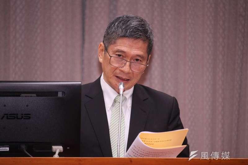 文化部長李永得出席立院文化教育委員會專案報告,針對華視進駐52台議題做出說明。(蔡親傑攝)