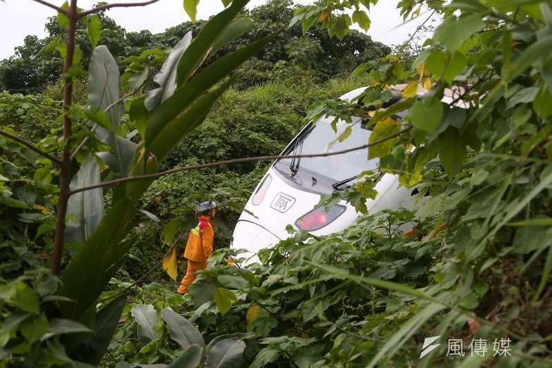 據運安會6日公布太魯閣號出軌案初步調查結果,在工程車與列車相撞之前,中間間隔1分多鐘。(資料照,顏麟宇攝)