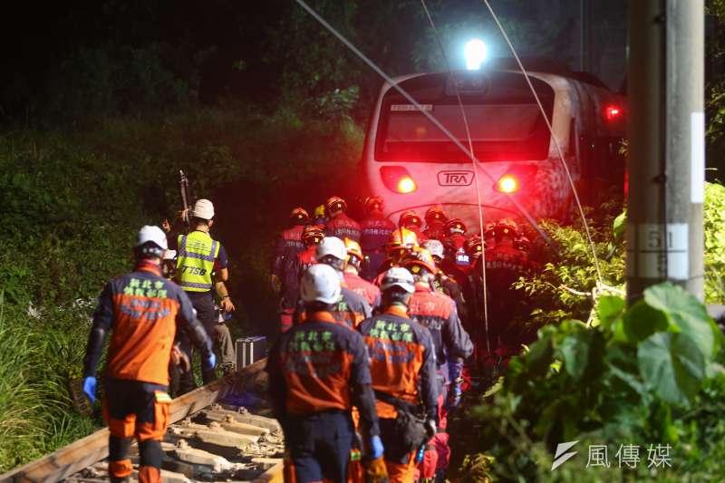 台鐵太魯閣號2日發生嚴重出軌事故,造成50人罹難。(顏麟宇攝)