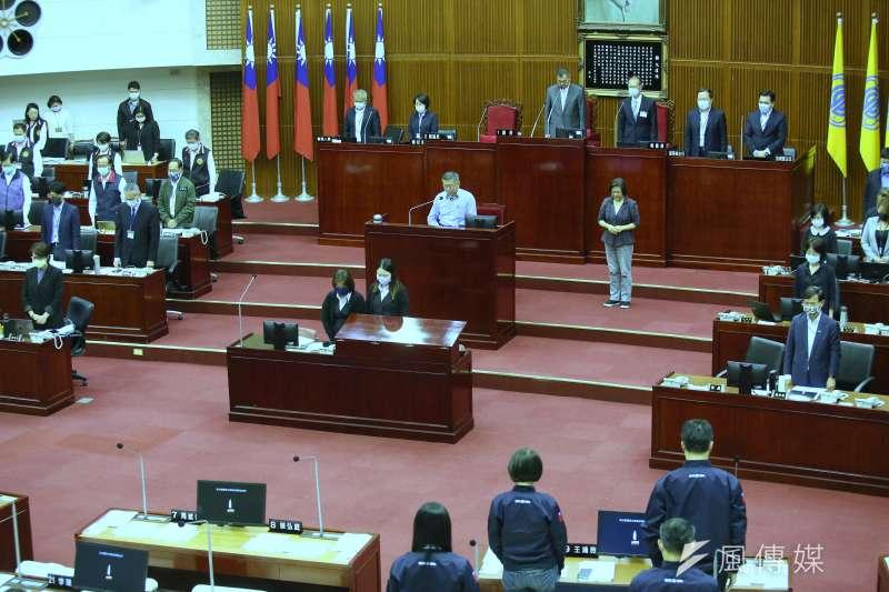台北市議會17日將會舉行政黨協商,決定是否因疫情停議。(資料照,柯承惠攝)