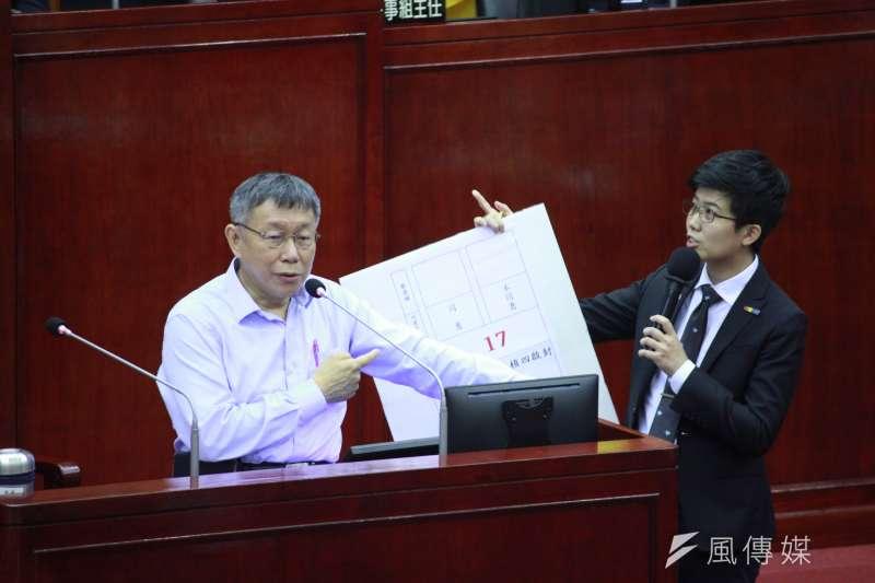 台北市長柯文哲9日赴台北市議會備詢,並談及核四議題。(方炳超攝)