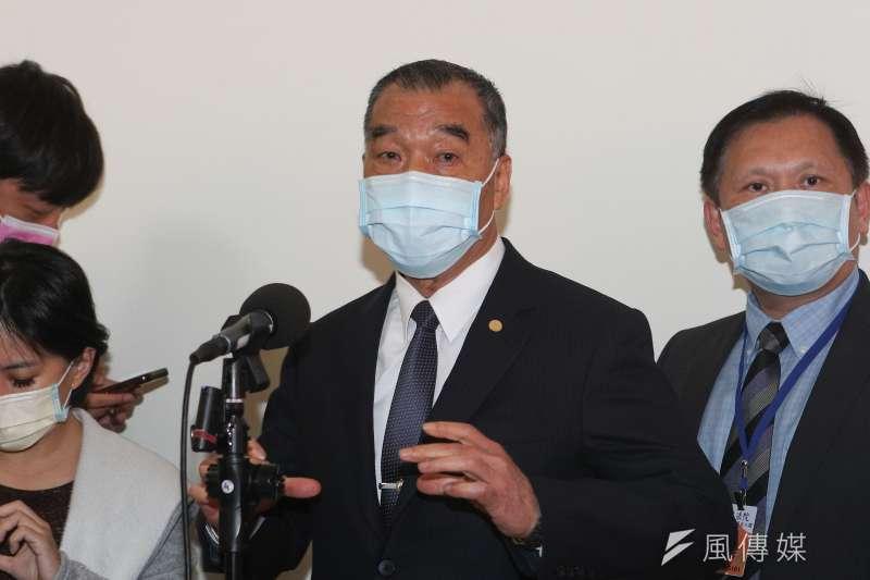 20210415-國防部長邱國正15日接受媒體聯訪。(顏麟宇攝)