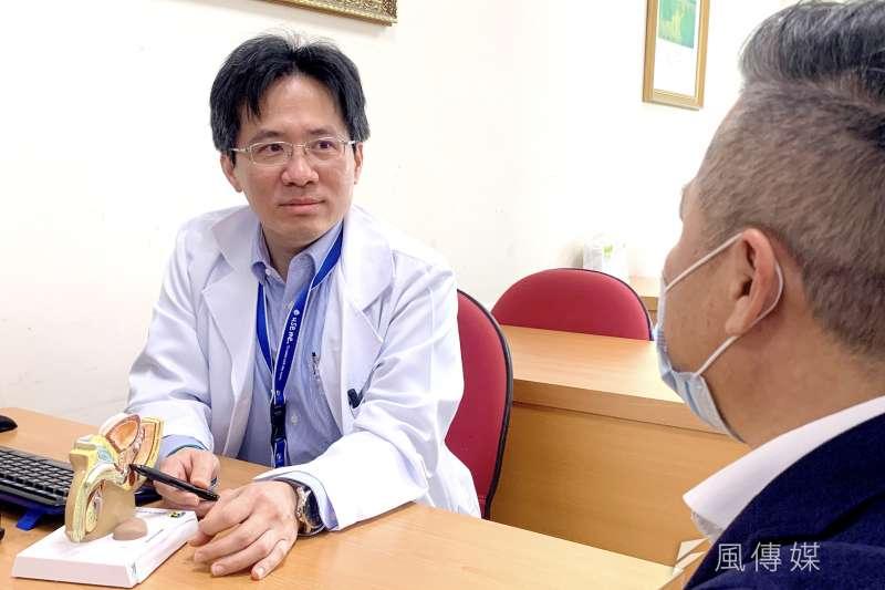 高建璋醫師提醒,晚期攝護腺易造成骨轉移,應積極治療才能維持生活品質。