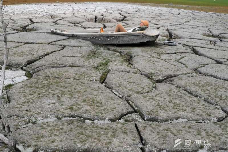 中央氣象局長鄭明典表示,今年春雨為有紀錄以來最少量。(資料照,柯承惠攝)