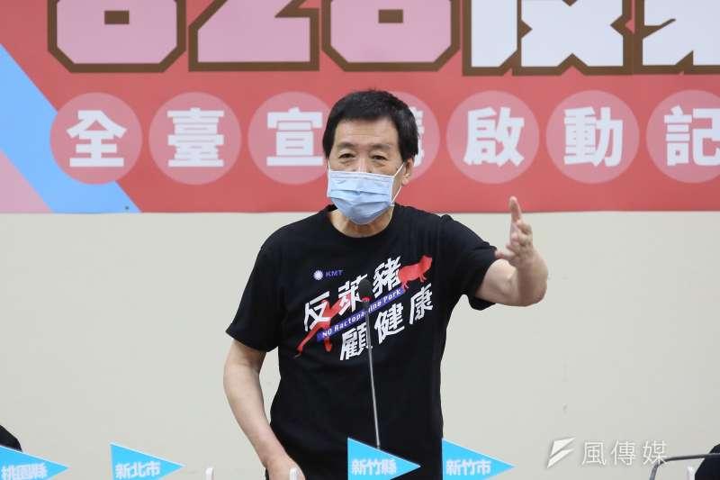 立委費鴻泰(見圖)爆料,蔡政府是因擔心828公投通過,所以一直沒有進口美豬,只是數字上顯示有超過千噸肉品進口而已。 (柯承惠攝)